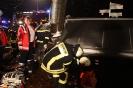 Verkehrsunfall mit eingeklemmter Person K52